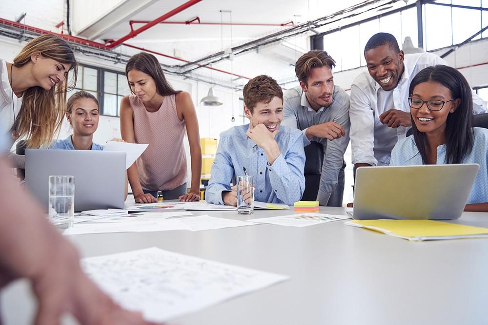 Como é realizado o diagnóstico da comunicação interna nas empresas?
